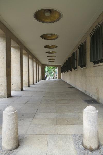 eine Passage am Columbiadamm