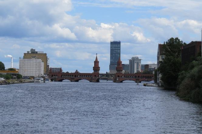 Ausblick vom Kreuzberger Ufer