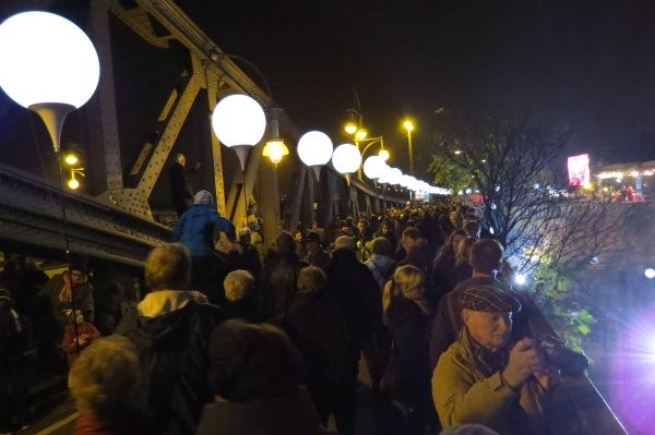 Die Bösebrücke an der Bornholmer Straße
