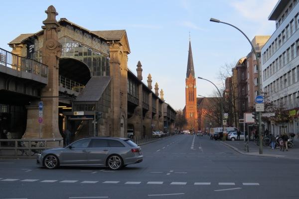 U-Bülowstraße und Luther-Kirche