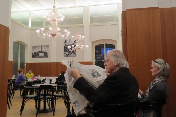 Rast im Museums-Café