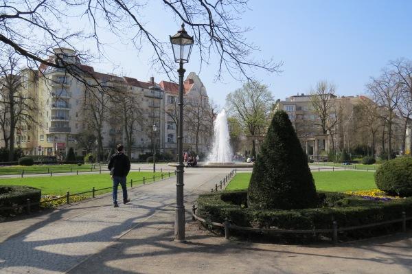 am Viktoria-Luise-Platz