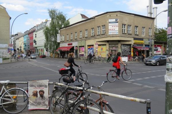 Köpenicker Str., Ecke Heinrich-Heine-Str.