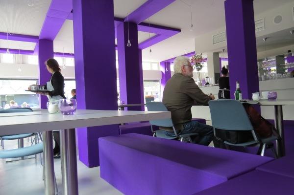 im Café der Berlinischen Galerie