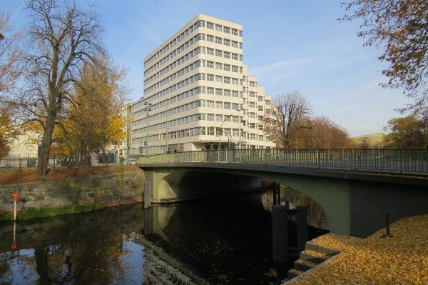 Shell-Haus (erbaut: 1930 - 1932)